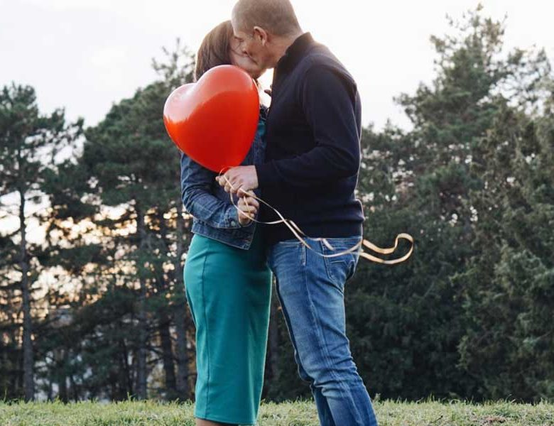 Dating in Canada for Casual People